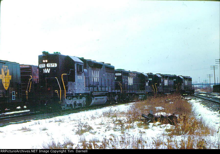 NW 1575 on D&H NE-2